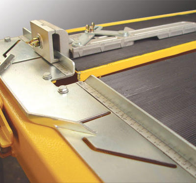 For greater versatility, a MasterGuide cutting accessory is included with the saw to ensure accurate cuts of any specification.