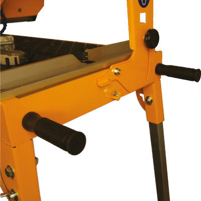 Can mount up to four heavy duty removable lifting handle and has four collapsable legs make moving the saw easy while maintaining a small frame footprint.